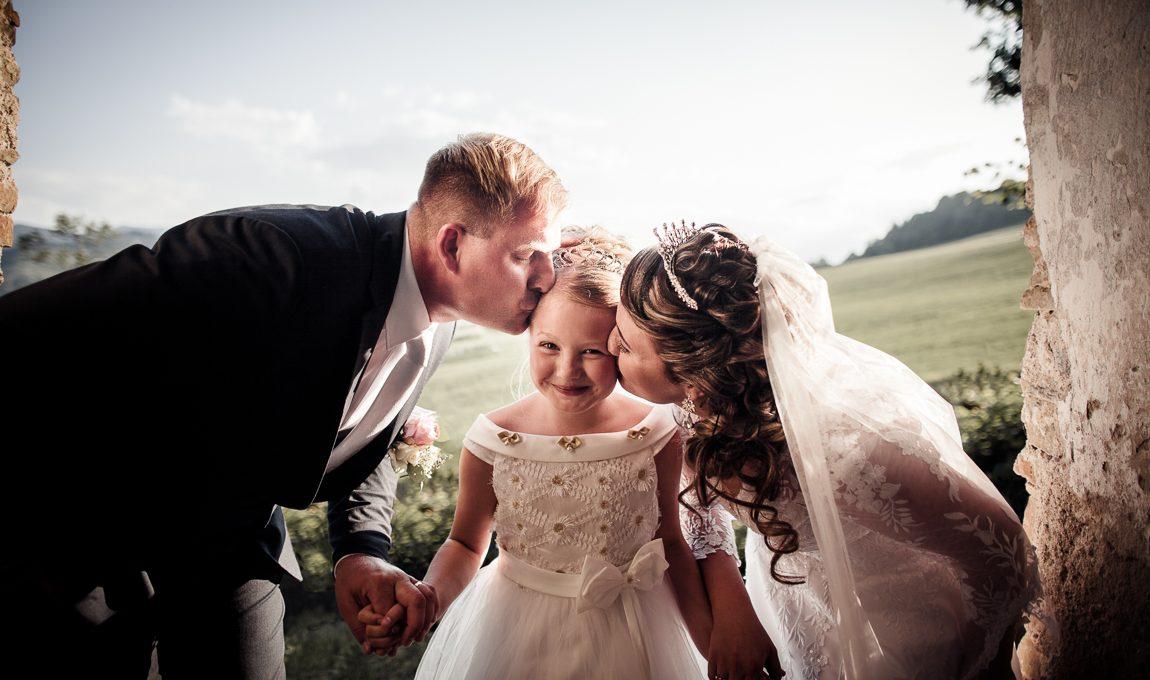 Novomanželský portrét s dcerou - Svatební fotografie